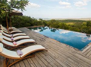 Rhino Ridge Lodge swimming pool
